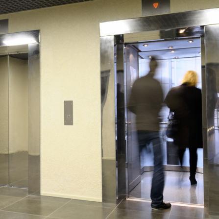 fabrication de portes pali res et cabines pour ascenseurs neufs. Black Bedroom Furniture Sets. Home Design Ideas