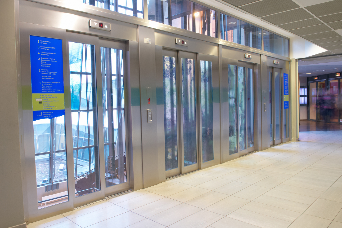 portes-ascenseur-hopital-saint-luc