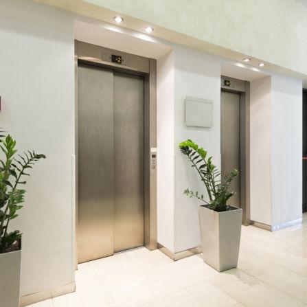 portes-ascenseur-hotels-bureaux